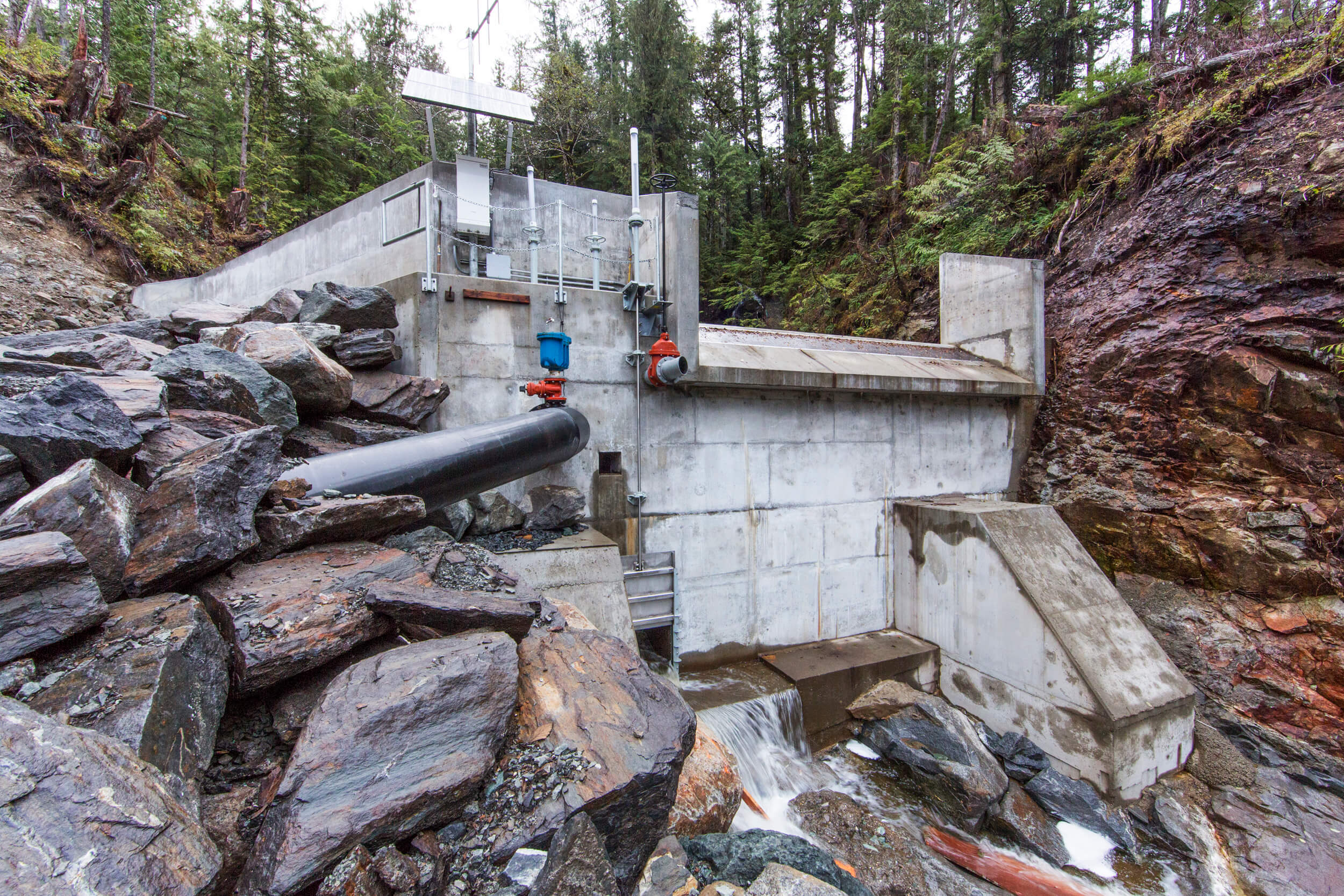 Expand Whitman Lake Hydroelectric Facility Exterior