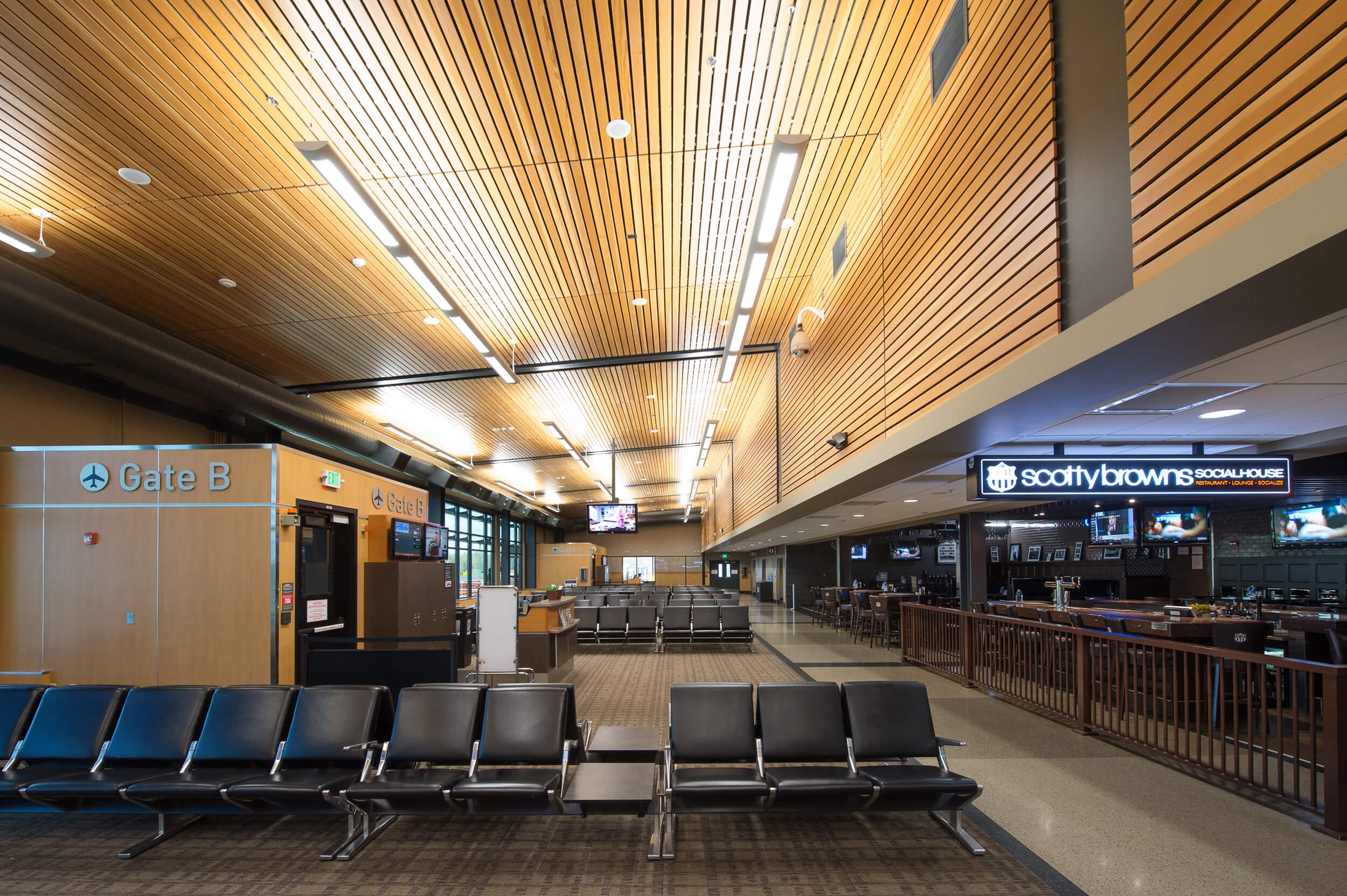 Expand Bellingham International Airport Waiting Area