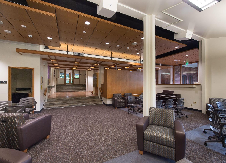 Expand WWU Kappa Residence Hall Lobby